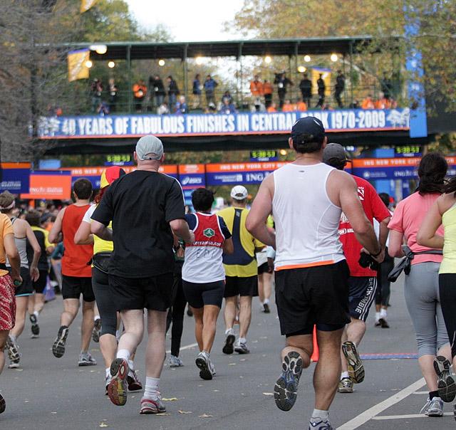 S%F8ndag+7.+november+g%E5r+New+York+marathon+2010
