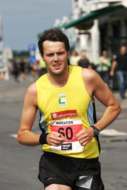 Jarle+Risa+var+dagens+maraton+mann+med+suveren+siger+med+2.49.08.