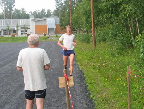 Rune+Thomassen+tilbake+p%E5+Grevel%F8kka+etter+19.52+p%E5+to+runder+%E1+3+km+rundt+omkring+i+Ankerskogen.
