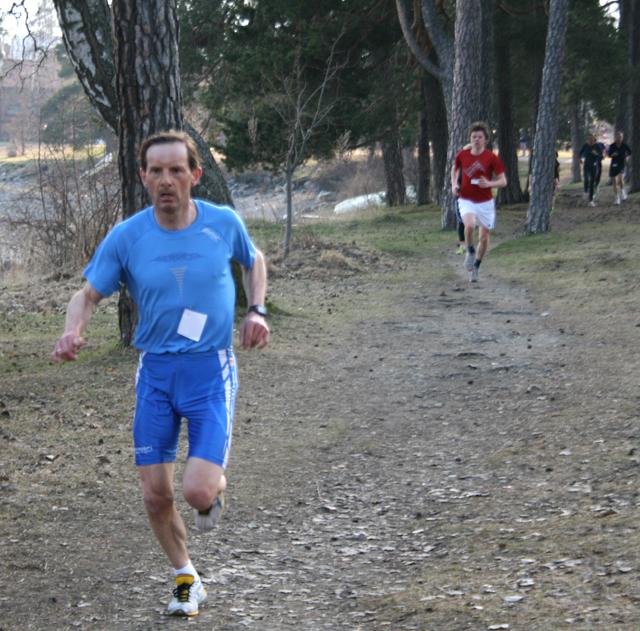 Rolf+Bakken+sesongdebuterte+i+G%E5-joggen+p%E5+Koigen.