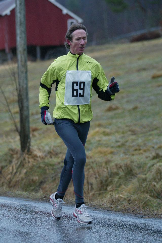 Knut+Skaar+kondis-%E5lesund+perset+p%E5+halvmaraton+og+fikk+tiden+1.25.45+i+kl.50-55+%E5r