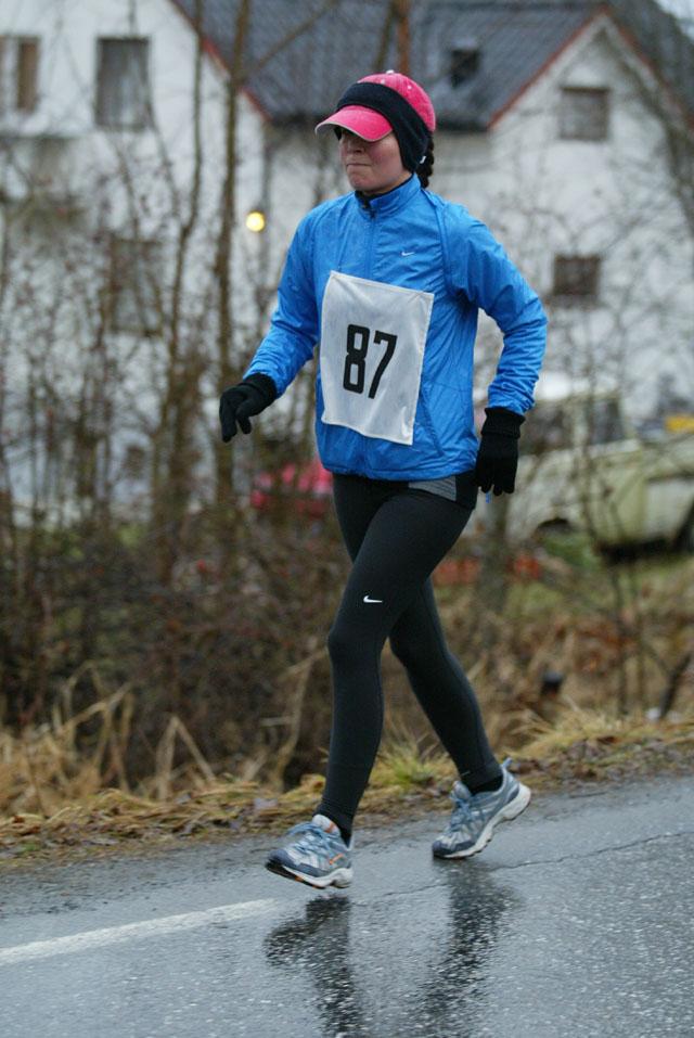 Her+ser+vi+Angelique+Helset+som+var+debutant+p%E5+halvmaraton