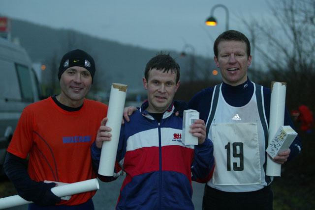 De+tre+beste+p%E5+maraton.+Fra+venstre+Petter+Kragset%282%29%2C+Leif+S%E6grov%281%29+og+Robert+Gulbrandsen%283%29