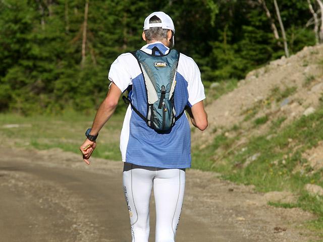 Etter+800+meter+er+Stibolten+%28Jon+Harald+Berge%29+alene+i+tet.