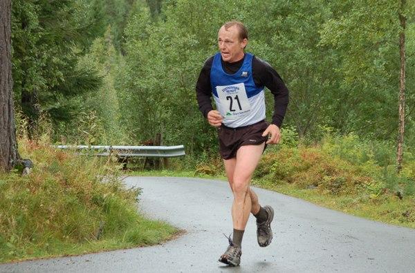 Hallbj%F8rn+Holberg%2C+Ronglan+il+%28foto+Arne+Brunes%29